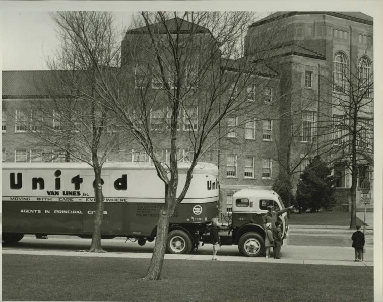 1950s+United+Truck