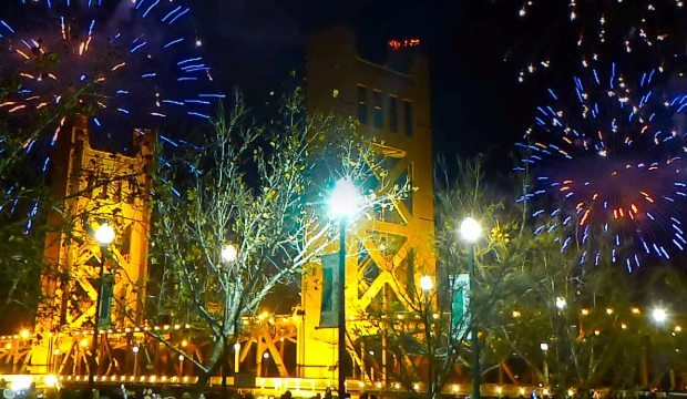Sacramento-New-Years-Eve-Fireworks